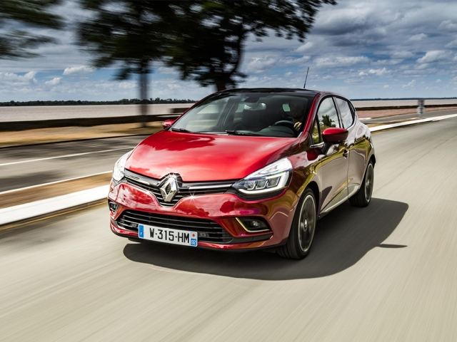 RENAULT CLIO 1.0 TCe 90 Play 5dr