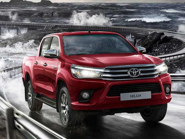 TOYOTA HILUX Icon D/Cab Pick Up 2.4 D-4D